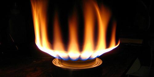 Ngọn lửa gas bị đỏ